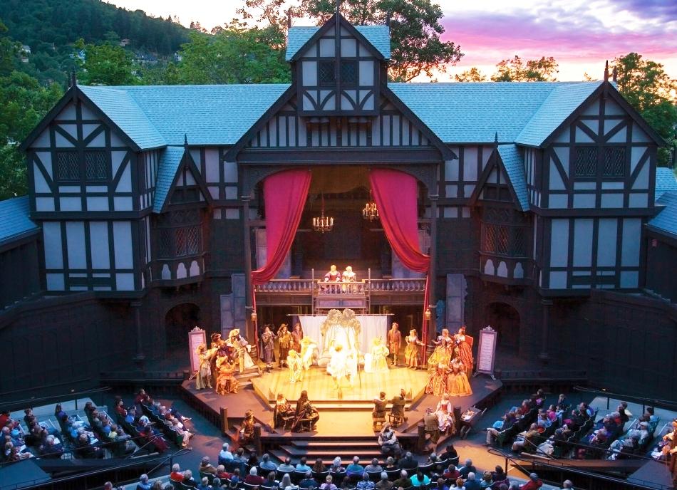 2011-Summer-Southern-Oregon-Ashland-Elizabethan-Stage-Shakespeare-Festival-theater