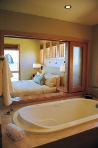 1859-magazine-cape-kiwanda-contest-bathroom_to_bedroom-window