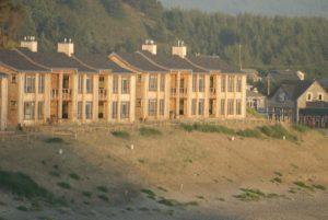 1859-magazine-cape-kiwanda-contest-cottages-exterior-2