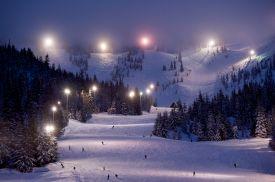 things-to-do-oregon-columbia-gorge-resort-spa-dining-ski-snowboard-ski-bowl