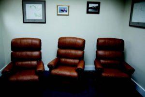 2010-Autumn-Oregon-Coast-People-Astoria-Pacific-Ocean-Columbia-River-Bar-three-chairs