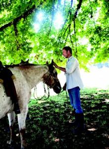 2010-Autumn-Oregon-Travel-Wine-Willamette-Valley-Kevin-Max-horse