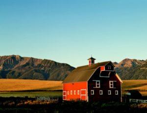 2010-Summer-Eastern-Oregon-Travel-Outdoors-Wallowa-Mountains-Joseph-barn