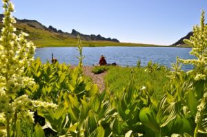 2011-Autumn-Eastern-Oregon-Hike-Outdoors-The-Steens-Wildhorse-Lake-Brent-Fenty-rests