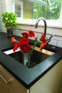 2011-Autumn-Oregon-Home-Interior-Green-Design-Remodel-Waggoner-residence-flowers-in-kitchen-sink