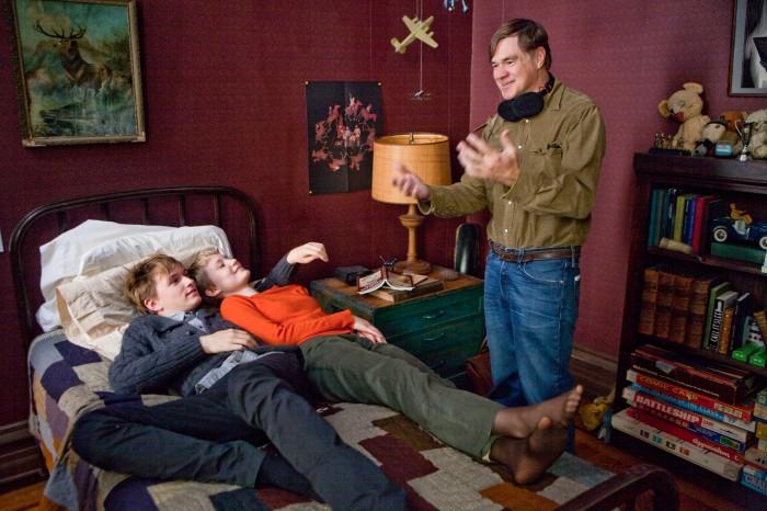 2011-Autumn-Oregon-People-Restless-director-Gus-Van-Sant-on-set-film-industry