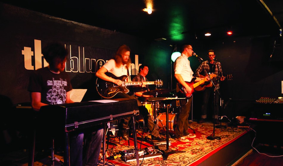 2011-Spring-Oregon-Music-Portland-The-Blue-Monk-The-Sam-Howard-band-play-jazz