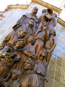 2011-Summer-Southern-Oregon-Ashland-Elizabethan-Stage-Shakespeare-Festival-theater-statue