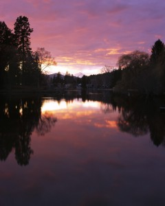 2011-Winter-Central-Oregon-Travel-Outdoors-Bend-Mirror-Pond-at-dusk
