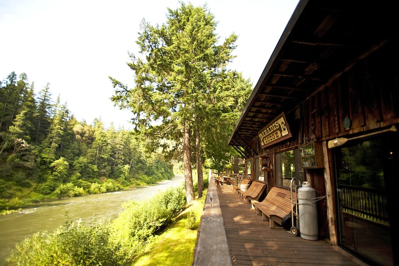 2013-january-february-1859-magazine-best-of-oregon-southern-oregon-paradise-lodge-runner-up-rustic-digs
