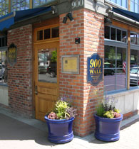 900-wall-restaurant-american-food-mediterranean-central-oregon
