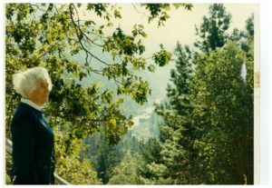 Autumn-2011-Southern-Oregon-Rogue-River-Happy-Hill-Lesley-Miller-in-1971