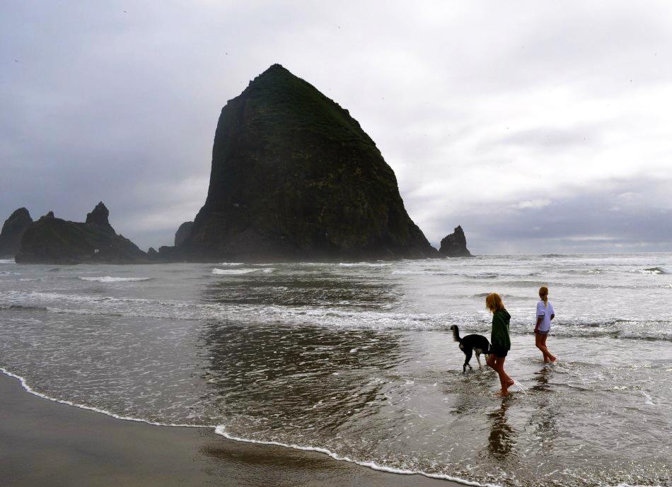 Cannon-Beach-Oregon-Coast