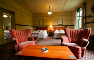McMenamins-Edgefield-gorge-mt-hood-lodging-spa-pool-historic-dining