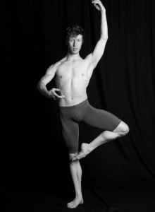 lucas-threefoot-ballet-autumn-2011-3
