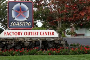 things-to-do-shopping-oregon-coast-seaside-factory-outlet-mall