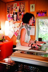 2012-july-august-1859-portland-oregon-home-design-home-office-haven-sy-design-kim-brannock-working-desk