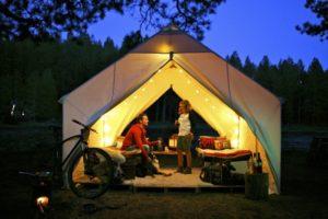 2012-july-august-summer-1859-notebook-glamping-wall-tent-bend-oregon-deschutes-river-meadow-camp-megan-ollie-interior-light