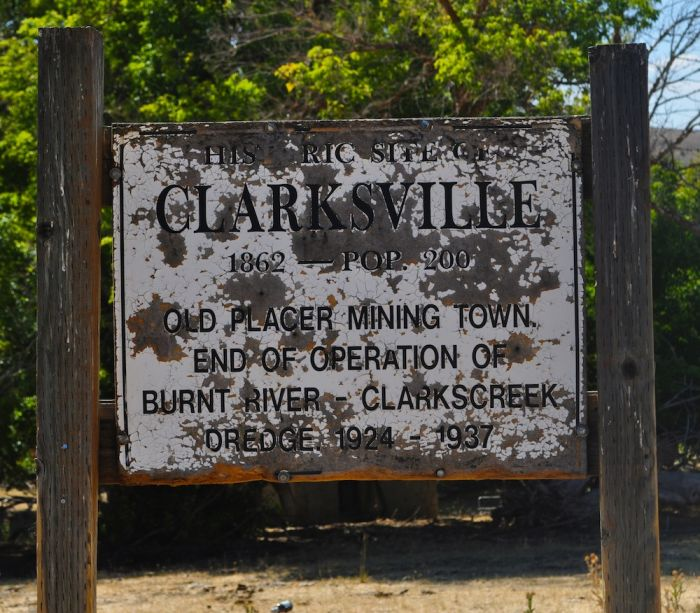 2012-november-december-1859-magazine-eastern-oregon-from-where-i-stand-baker-county-clarksville-city-sign