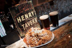 2012-november-december-1859-portland-oregon-72-hours-the-pearl-henrys-tavern-beers-fries