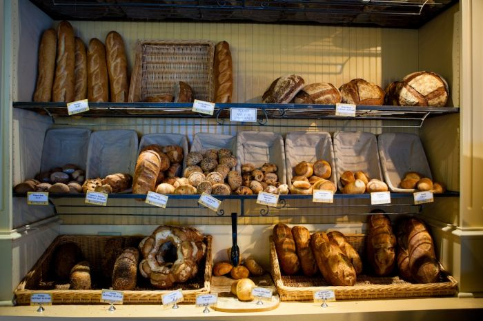 2012-november-december-1859-portland-oregon-72-hours-the-pearl-st-honore-bread-shelf