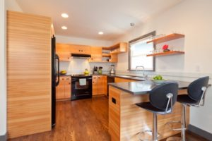 Oregon-Portland-Lodging-Eco-Modern-Home-kitchen
