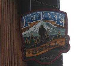 ice-axe-grill-brewery-pub-beer-restaurant-mt-hood-columbia-gorge-oregon