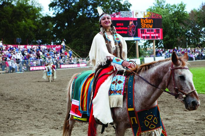 july-august-2012-1859-eastern-oregon-pendleton-rodeo-history-pendleton-round-up-indian-show-girl-on-horse-in-costume