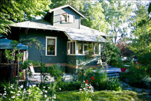 lavabelles-lodging-bend-central-oregon-historic-pet-friendly