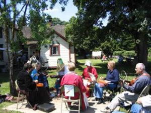 philip-foster-farm-dutch-oven-cook-off-blackberry-jam-festival