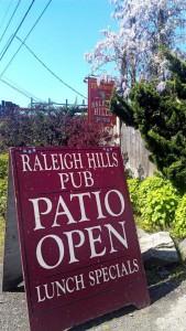 portland-oregon-mcmenamins-raleigh-hills-pub-logo
