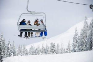 1859-explore-gorge-mt-hood-timberline-lodge-snowboarders-on-lift