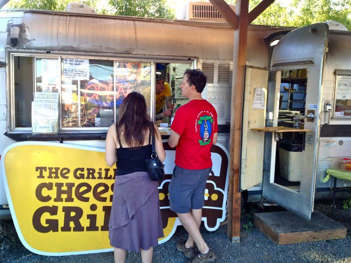 1859-summer-food-cartographer-portland-oregon-grilled-cheese-grill-window-with-customers