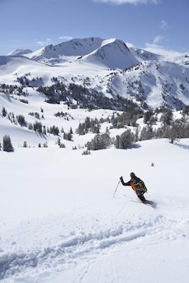 1859_Jan-Feb-2016_Skiing_Leon-Werdinger_001