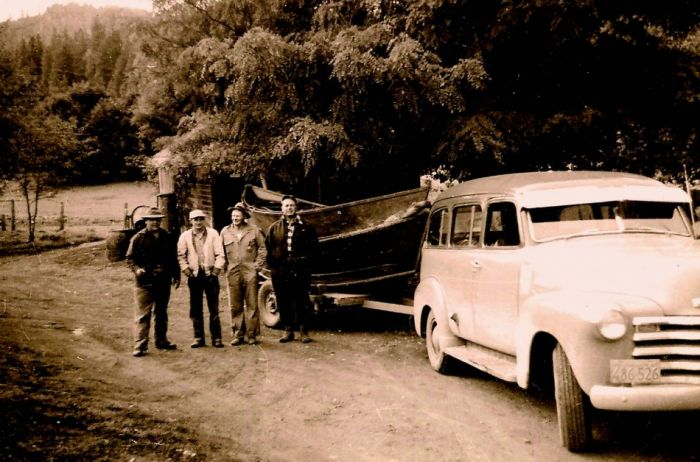 2010-Autumn-Oregon-History-Willamette-Valley-McKenzie-River-guide-Woodie-Hindman-and-group-drift-boat