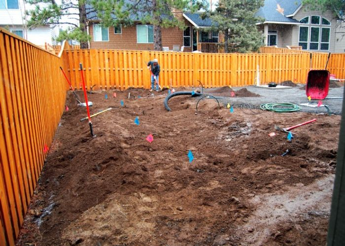 2010-Summer-1859-home-design-backyard-remodel-before-artisan-project
