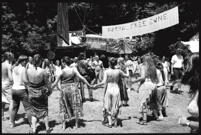 2010-summer-oregon-culture-history-hippie-oregon-country-fair-normal-free-zone
