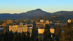 2011-Winter-Oregon-Travel-Willamette-Valley-Eugene-skinner-butte-from-downtown-800x453-