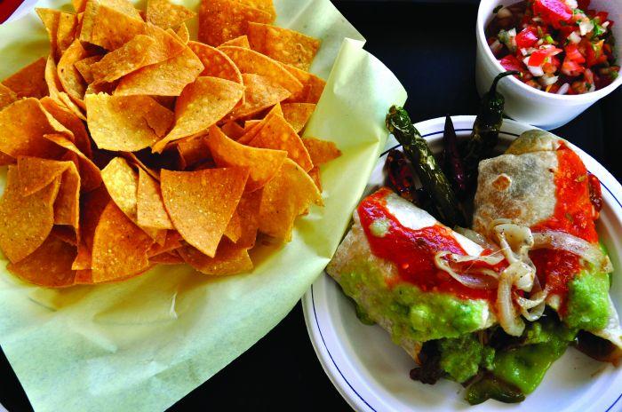 2012-july-august-1859-central-oregon-restaurant-review-mexican-food-madras-la-posada-chips-enchilada