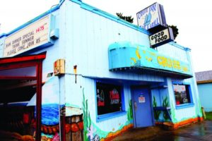 2012-july-august-1859-oregon-coast-lincoln-city-dive-bars-cruise-inn