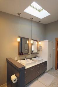 2012-Spring-Central-Oregon-Home-And-Design-Bend-Remodel-Interior-Design-bathroom-sinks-cabinets