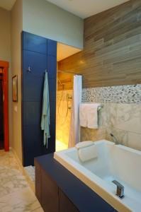2012-Spring-Central-Oregon-Home-And-Design-Bend-Remodel-Interior-Design-bathroom-tub-and-shower