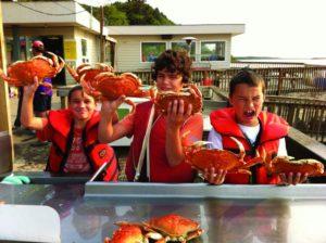 2012-Spring-Oregon-Coast-Travel-Cannon-Beach-kids-with-crabs-go-crabbing-seafood-ocean