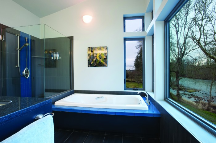 2012-Spring-Oregon-Home-And-Design-Lebanon-lebanon-bathroom-tub