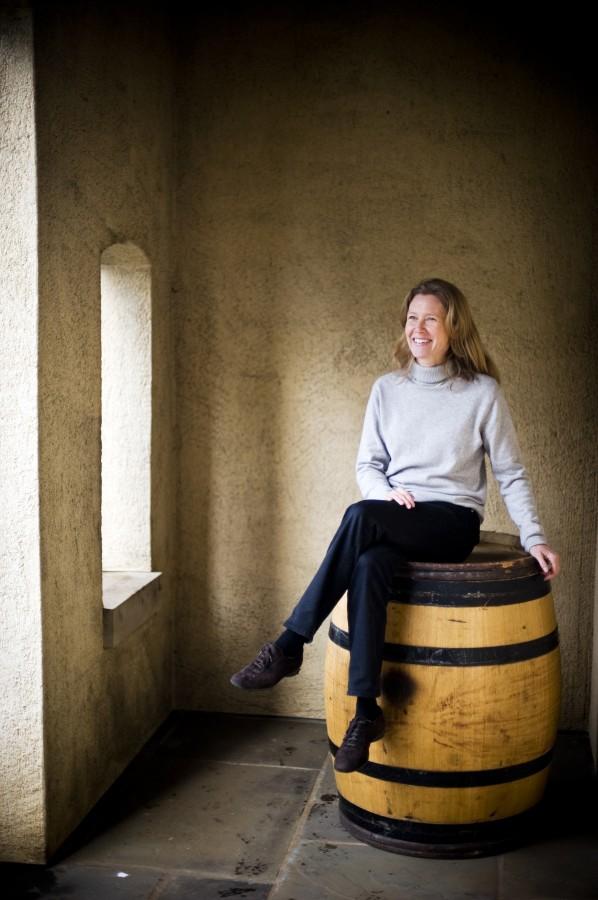 2012-Spring-Oregon-Wine-Willamette-Valley-Domaine-Drouhin-Veronique-winery-taste-grapes