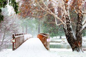 2012-Winter-Central-Oregon-Travel-Bend-Drake-Park-Mirror-Pond-bridge-snow