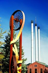 2012-Winter-Central-Oregon-Travel-Bend-Old-Mill-District-shop-eat-restaurants