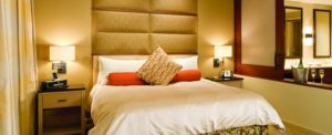 2012-Winter-Oregon-Tours-Newberg-Allison-Inn-and-Spa-room