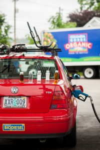 2012-september-october-1859-willamette-valley-oregon-eugene-business-ventures-sequential-biofuels-fuel-on-jetta-pump