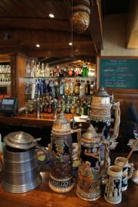 2012-september-october-1859-willamette-valley-oregon-mount-angel-collection-beer-steins-glockenspiel-restaurant
